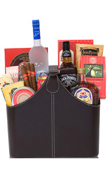 A GENTLEMAN'S DELIGHT GIFT BASKET