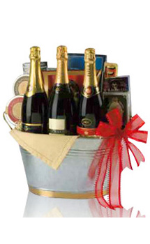 BUCKET OF BUBBLY CHAMPAGNE GIFT BAS