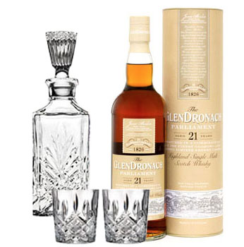 GLENDRONACH SCOTCH SINGLE MALT 21 YEAR PARLIAMENT COLLABORATION GIFT SET