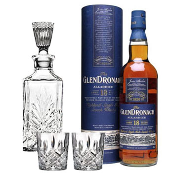 GLENDRONACH SCOTCH SINGLE MALT 18 YEAR ALLARDICE COLLABORATION GIFT SET
