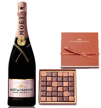 LA MAISON DU CHOCOLAT PRALINE GIFT BOX WITH MOET & CHANDON ROSE