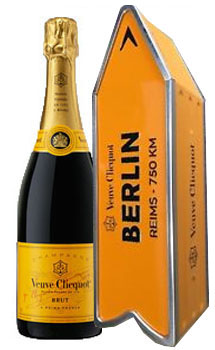 VEUVE CLICQUOT ARROW TIN BERLIN REIMS CHAMPAGNE JOURNEY STREET SIGN - LIMITED EDITION