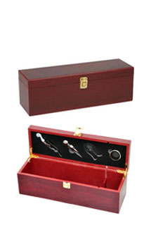 WINE ACCESSORY GIFT SET BOX - CHERRY WOOD